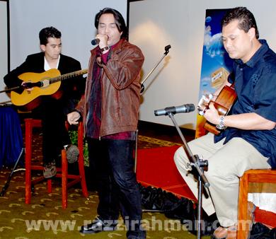 Irfan Khairi, Razzi Rahman, Captain Muz